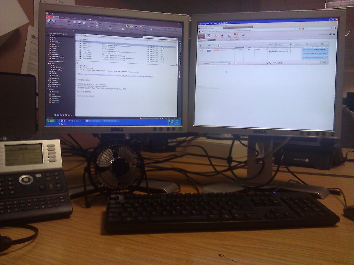 Attached Image: works-work station.jpg