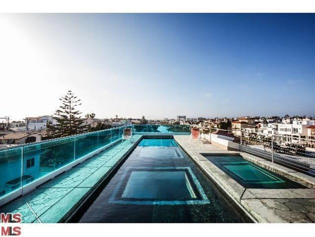 Cool glass bottom rooftop pool real world news neowin forums - Glass bottom pool ...