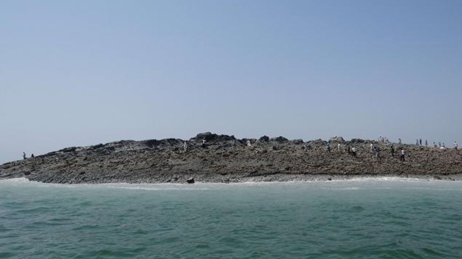 new island off Pakistan.jpg