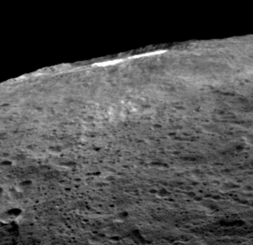 ceres-bright-spots-haze.thumb.jpg.6b4a91