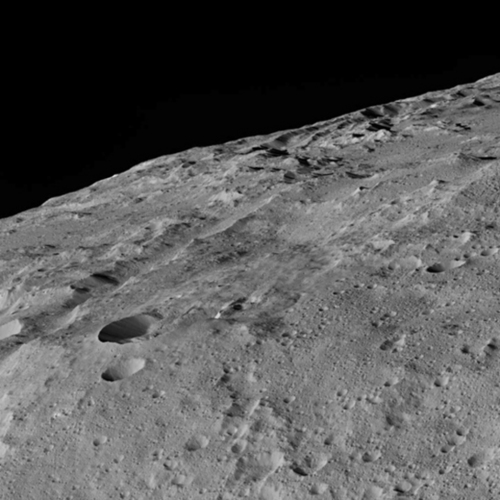 ceres-surface-dawn-dec-1.thumb.jpg.16f98