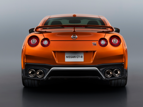 Nissans_new_GTR_is_here-7139a7fe8f4372c1