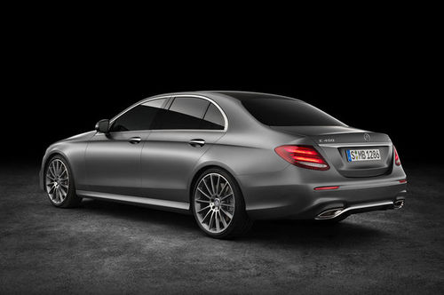 2017-Mercedes-Benz-E400-4Matic-rear-three-quarter1.jpg