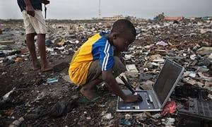 1203138139_TensofmillionsoftonsoftoxictrashedelectronicsfromAmericaandEuropearequietlyillegallydumpedinAfricaeveryyear-Electronic-waste-in-Agbog-009.thumb.jpg.7423a24c541f77534a1504d1806f5318.jpg