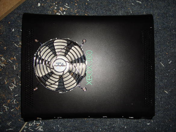 Fan Installed with Thermaltake Grill