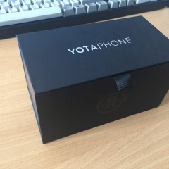 yotaphone_1.jpg