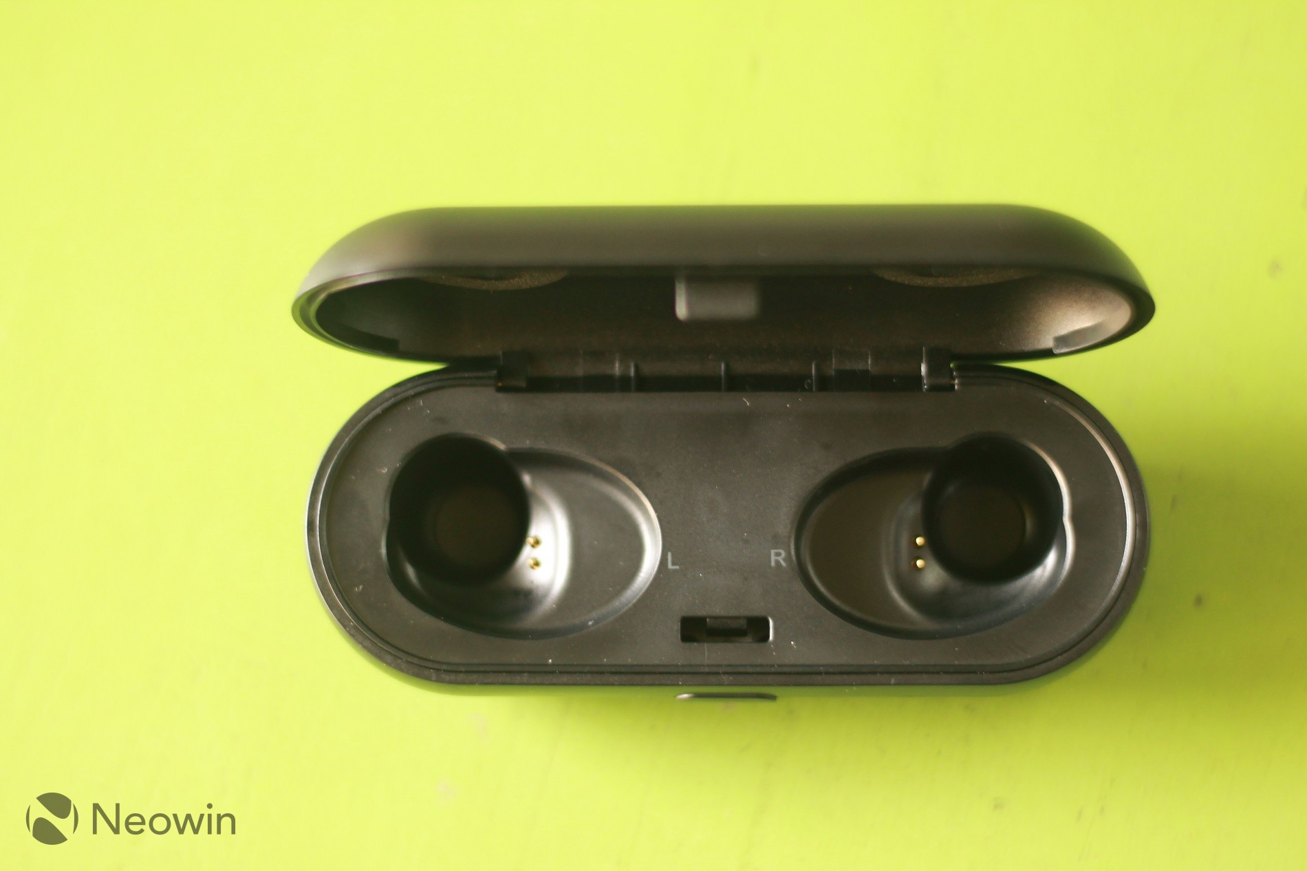 LiteXim Aerobuds review: Completely wireless earphones for