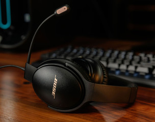 1609941744_bose-headphones.jpg