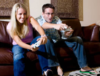 15021340571940579478gamers-playing-video-game.jpg