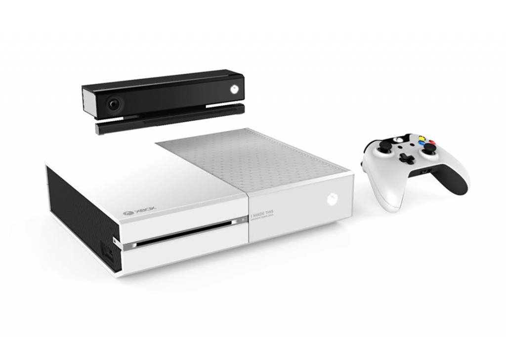 159296963microsoft-employees-get-a-white-limited-edition-xbox-one-1_zps6f7fd9ac.jpg