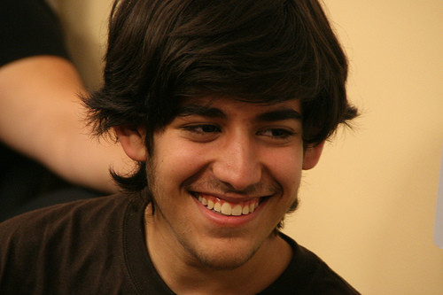 http://www.neowin.net/images/uploaded/1_aaron-swartz.jpg