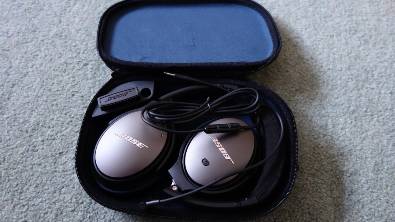 Bose Quietcomfort 25 Acoustic Noise Cancelling Headphones Review Qc25 Headphone For Apple Devices White