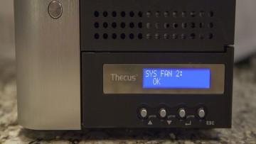 thecus7710g-display1