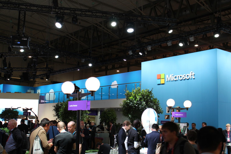 Expo Exhibition Stands Xbox One : A photo tour of microsoft s exhibition stand at mobile world