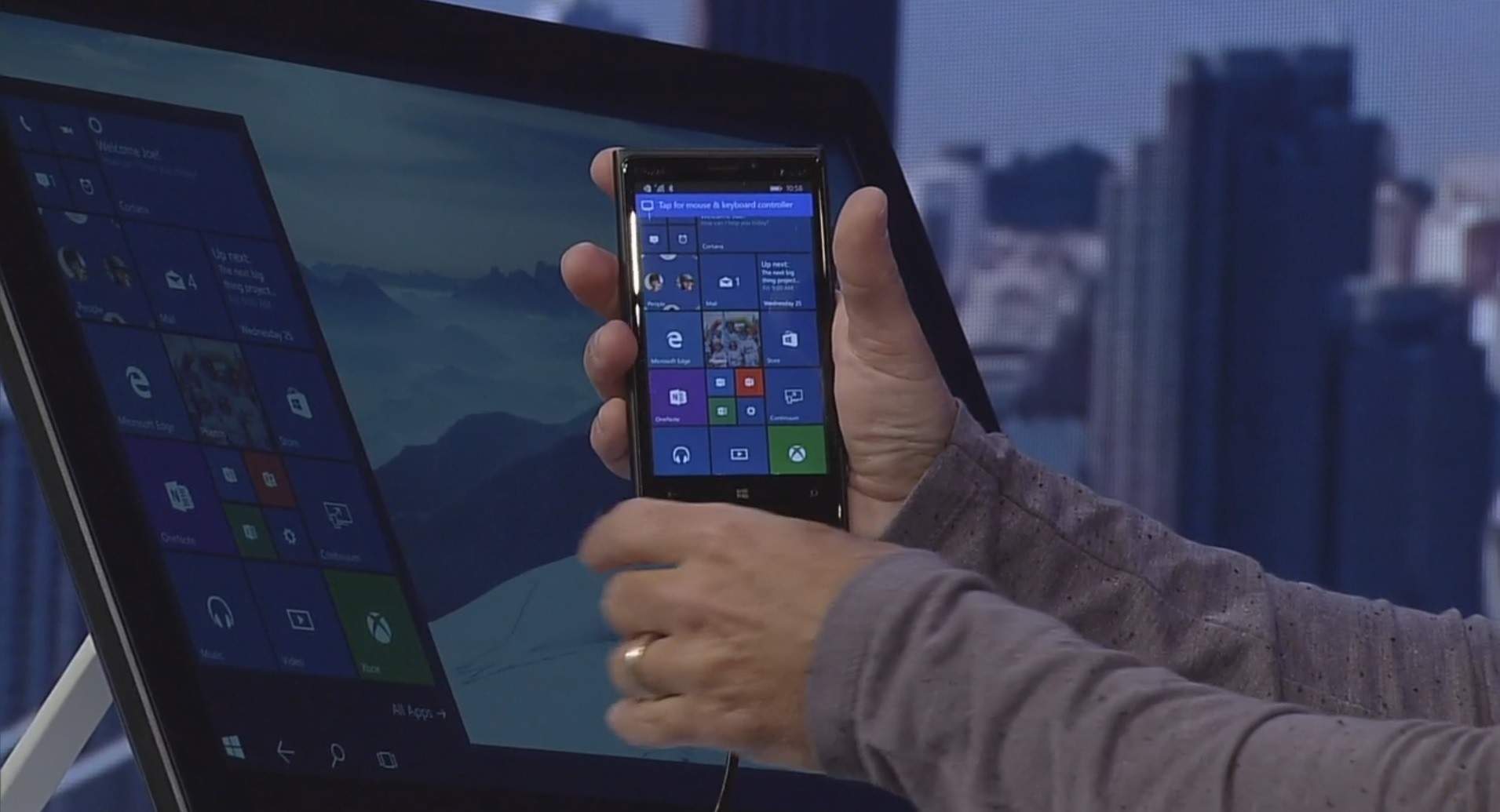 Windows 10 mobile Continuum turns your phone into a desktop PC