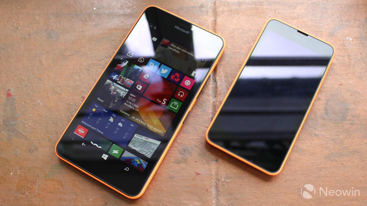 Microsoft Lumia 640 Xl Review Windows Phone Goes Extra Large Neowin Nokia Cyan Left With The Older 630