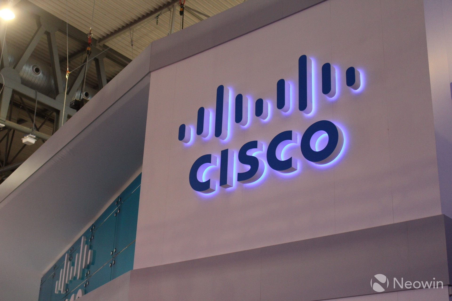 Cisco nears deal to acquire telecom software maker BroadSoft