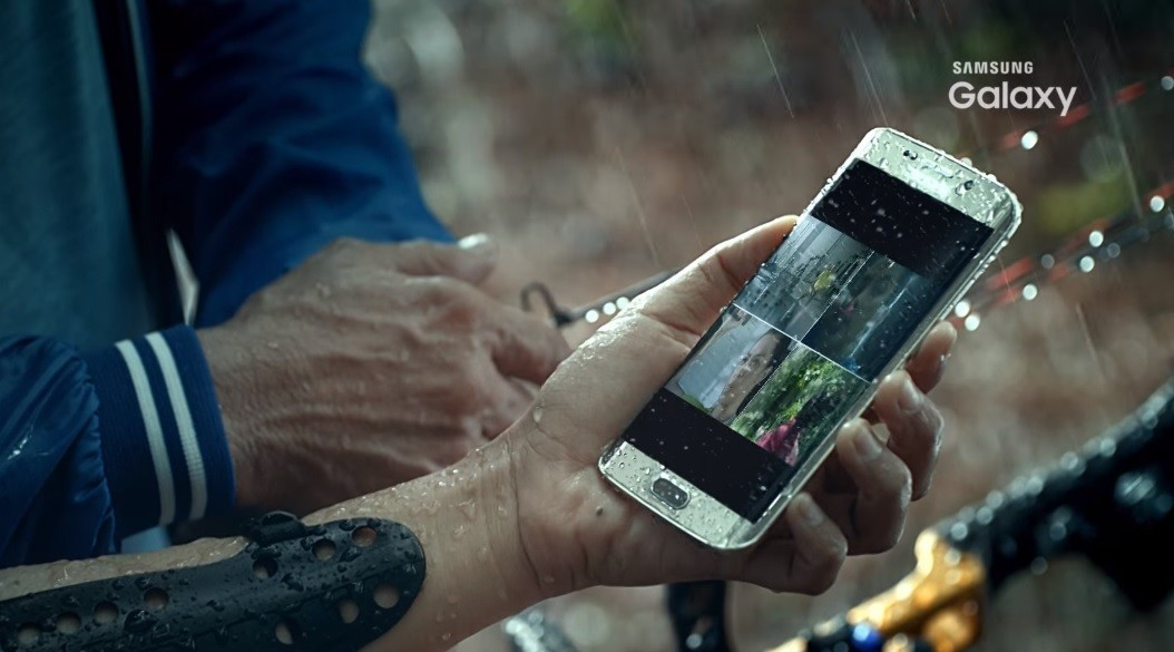 galaxy s7 edge clearly shown in leaked promo video neowin. Black Bedroom Furniture Sets. Home Design Ideas