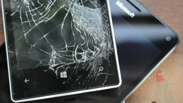 windows-phone-broken-01