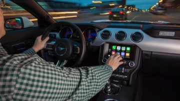 1469442502_apple-carplay_ford_sync_