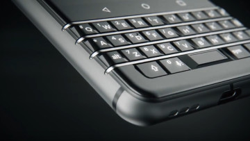 1483565893_blackberry-mercury-teaser-00