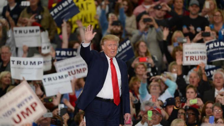 https://cdn.neow.in/news/images/uploaded/2017/01/1485710728_president-trump_story.jpg