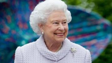 1487071012_queen