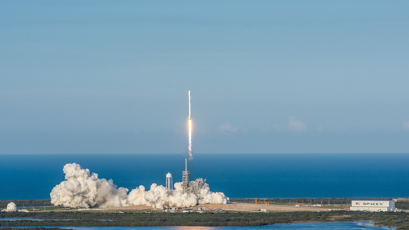 FCC to approve SpaceX broadband application