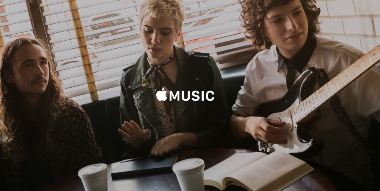 Apple Reaches Music Deal With Warner, Eyes Sony Pact