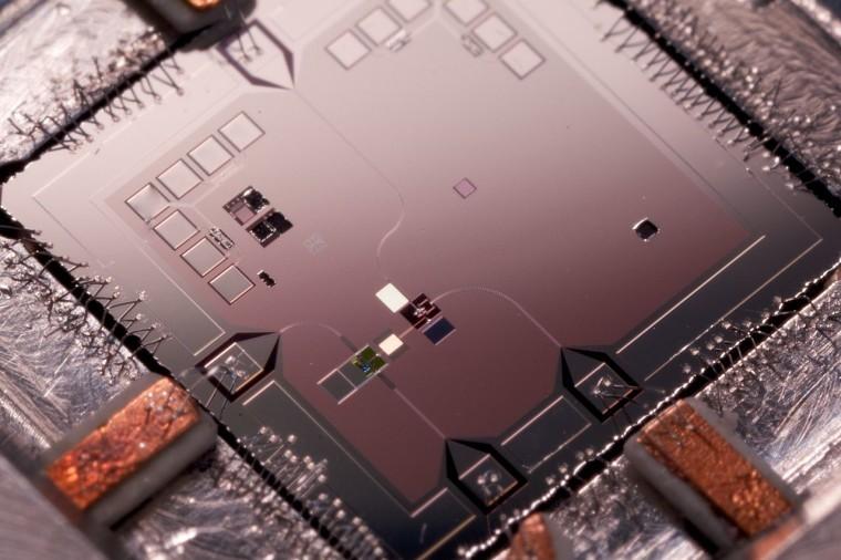 Google pushing hard to bring Quantum Computing to the