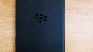 1500997547_blackberrykeyone_black_biemian