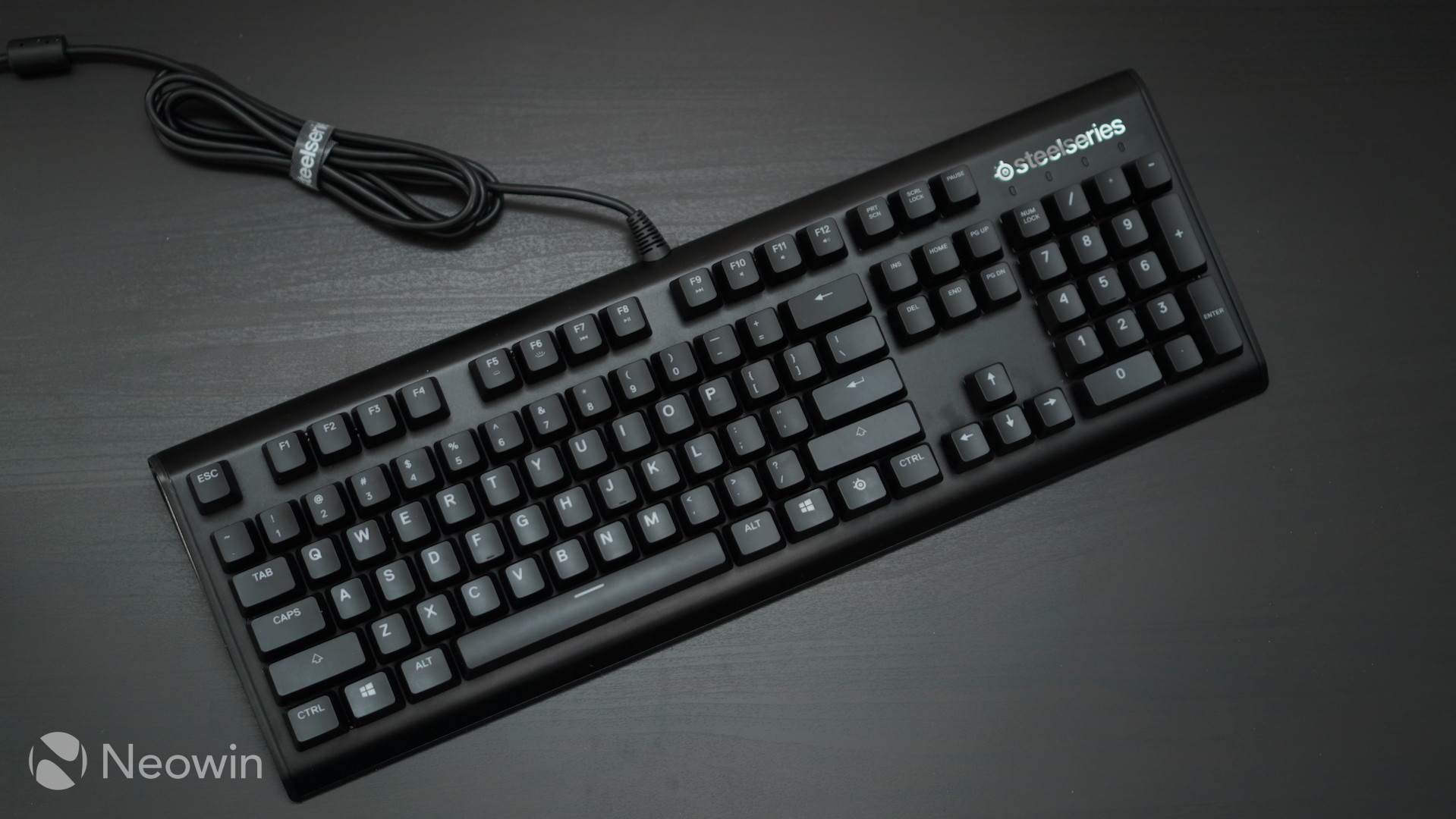 SteelSeries Apex M750 keyboard review: Power and poise - Neowin