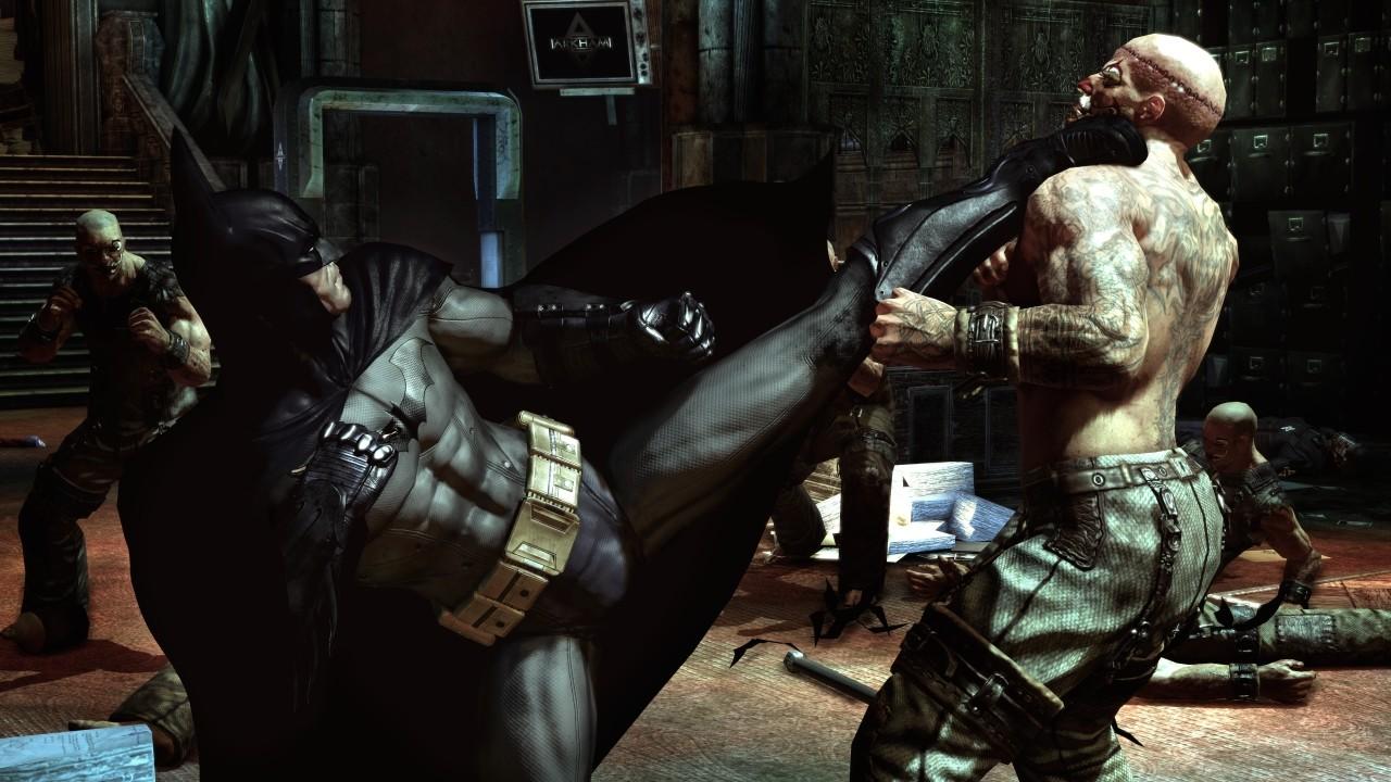 Batman Arkham Asylum Saving Gordon