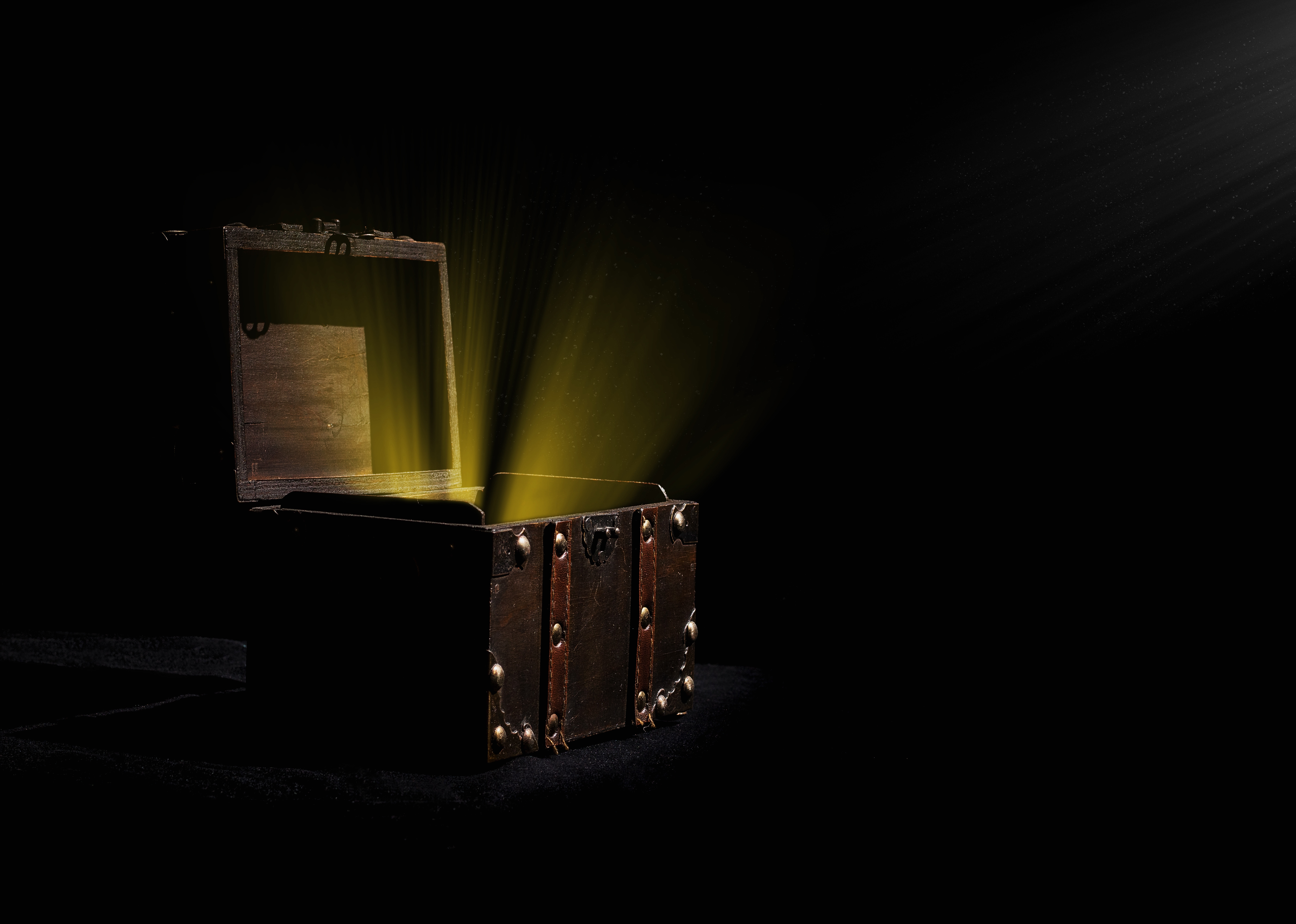 Apple Takes First Steps Towards Regulating Loot Boxes on the App Store