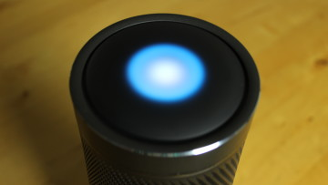 Harman Kardon Invoke with Cortana animation