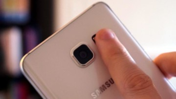 1510181790_samsung-galaxy-finger-scanner