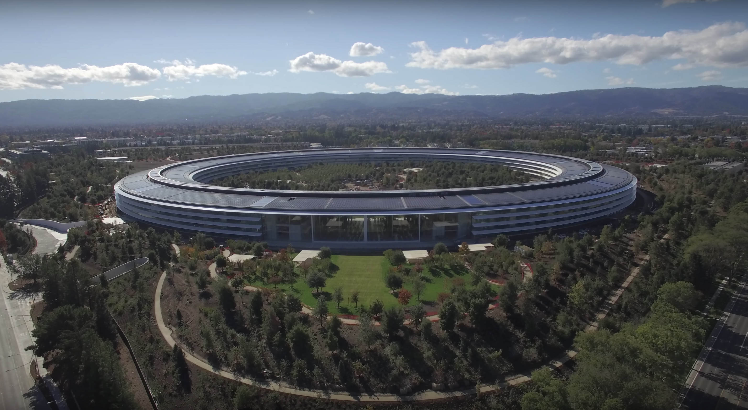 New drone video shows off Apple Park and Visitor Center