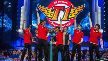 1512076345_skt-t1-season-3-lol-world-champs