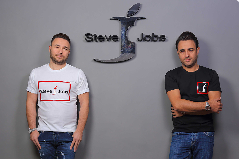 'Steve Jobs' Is ... An Italian Fashion Brand?