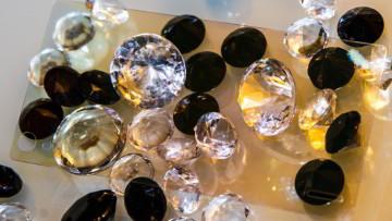 1517871867_diamond-glass-4289-002
