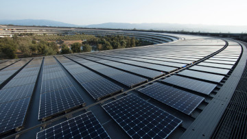 1524162406_apple_solar_panels_hq