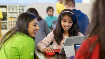 1524498237_microsoft-store-youthspark-summer-camp-1920