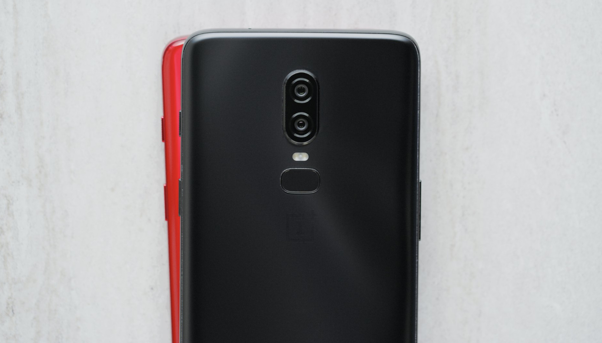 Here's the OnePlus 6 in lovely  new Red Color