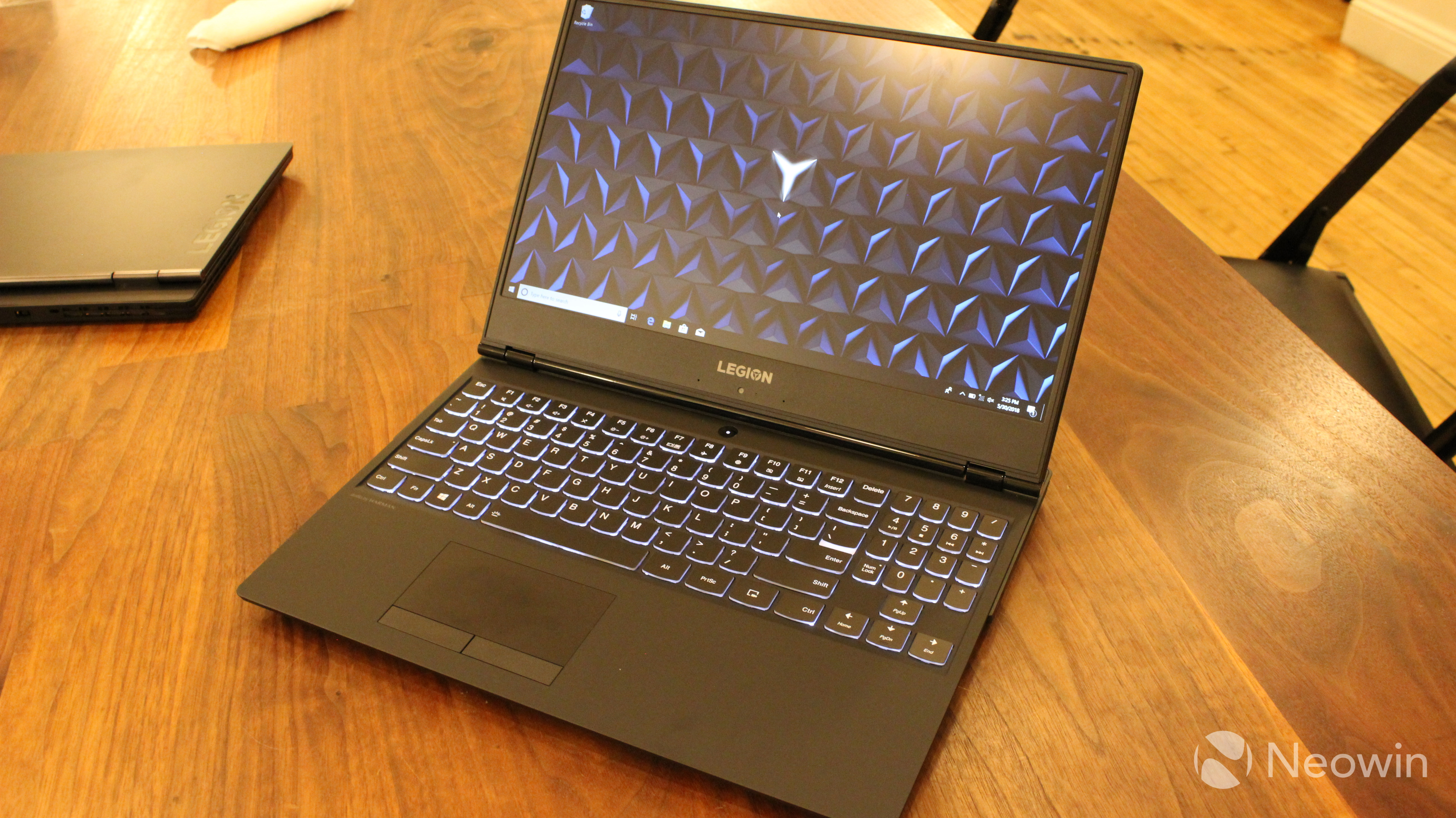 Lenovo Legion Y530 unboxing: Casual gaming looks pretty sweet - Neowin