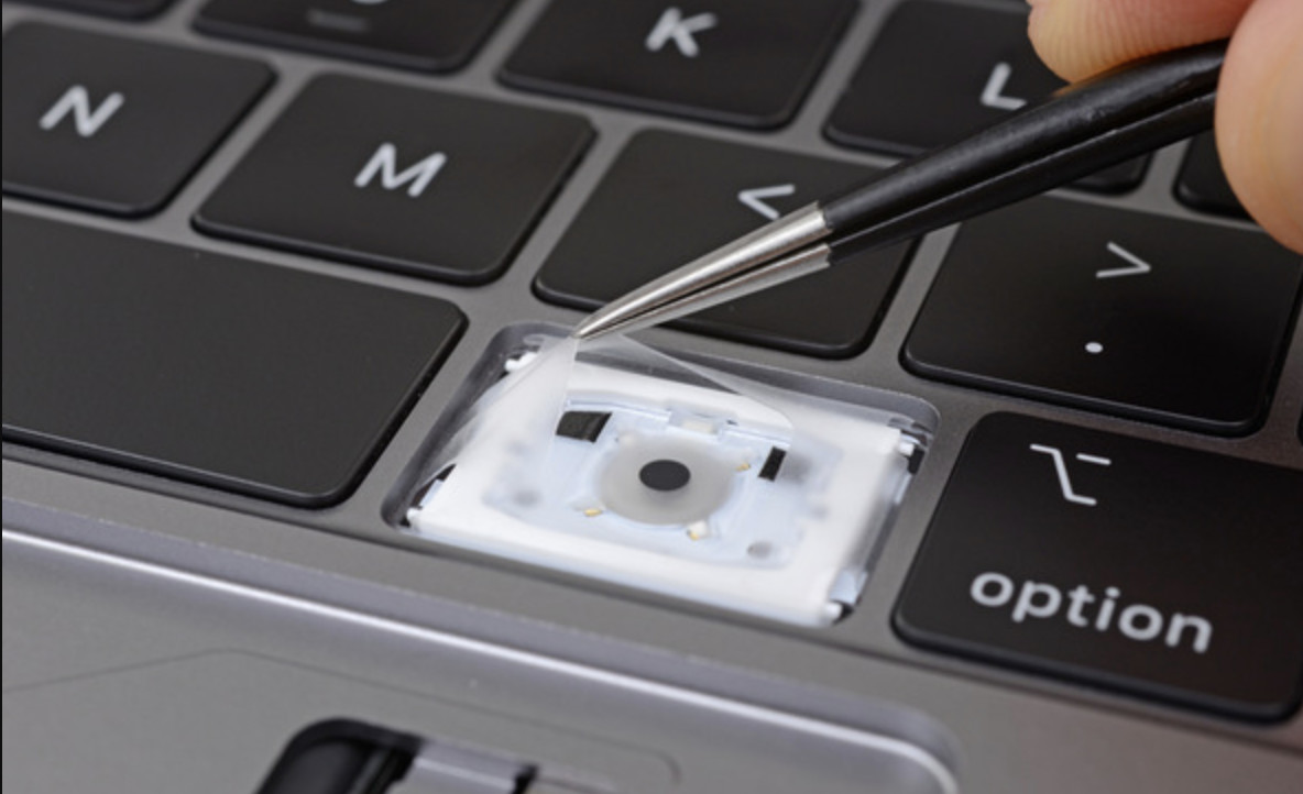 Dirt and dust might not destroy your new 2018 MacBook Pro keyboard