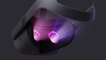 1537983673_oculus_quest_back