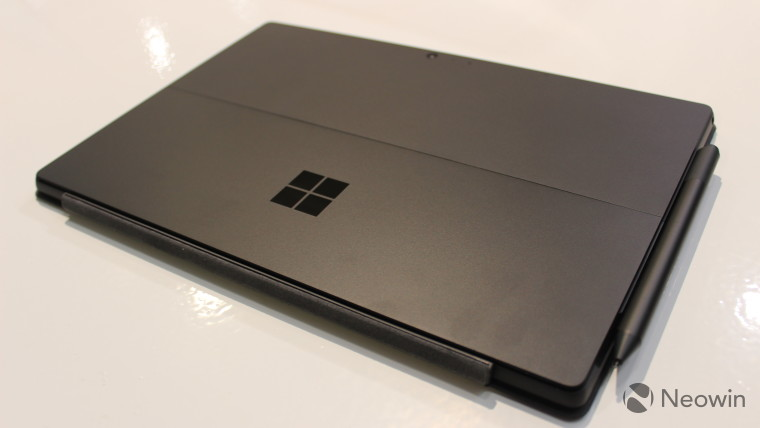 hands on with the surface pro 6 back in black neowin. Black Bedroom Furniture Sets. Home Design Ideas