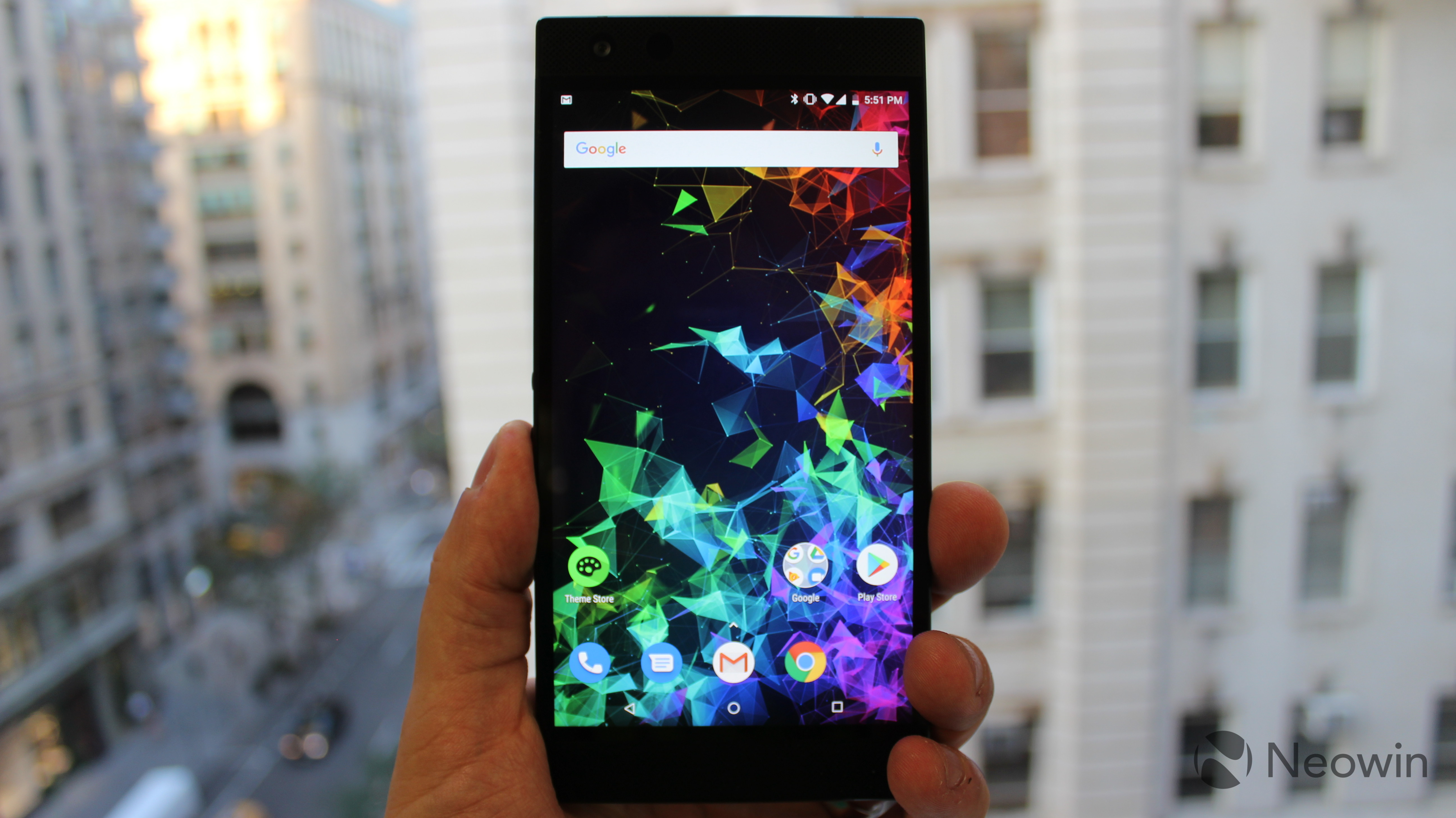 Microsoft is offering $300 off of the Razer Phone 2 - Neowin