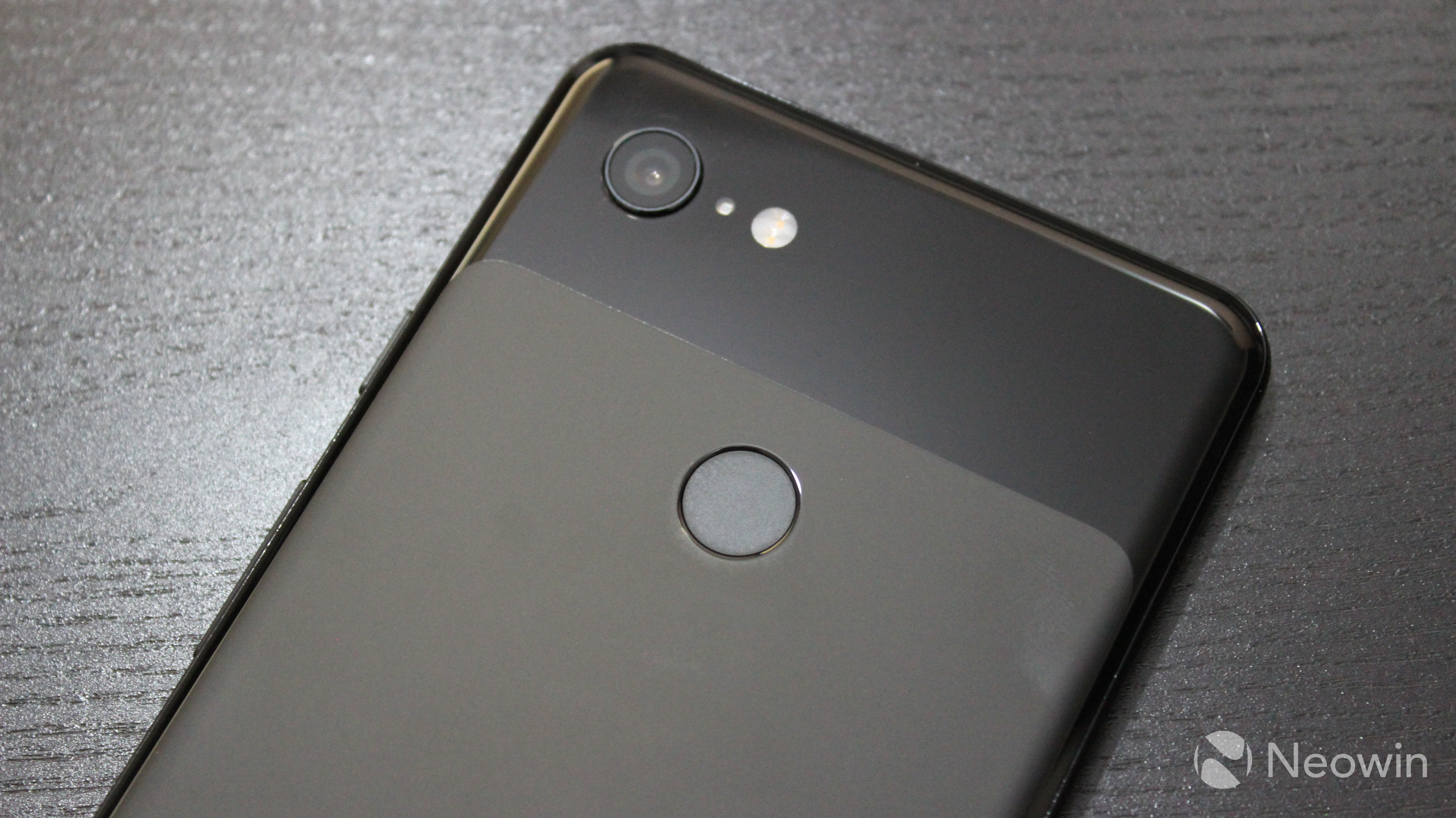 Google is selling the Pixel 3 and Pixel 3 XL through Fi for $399 and