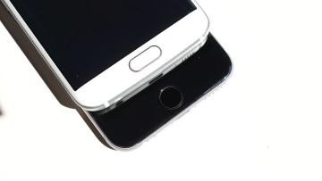 1540420880_samsung_and_apple